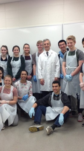 High school students get amazing hands-on learning at UCalgary anatomy lab