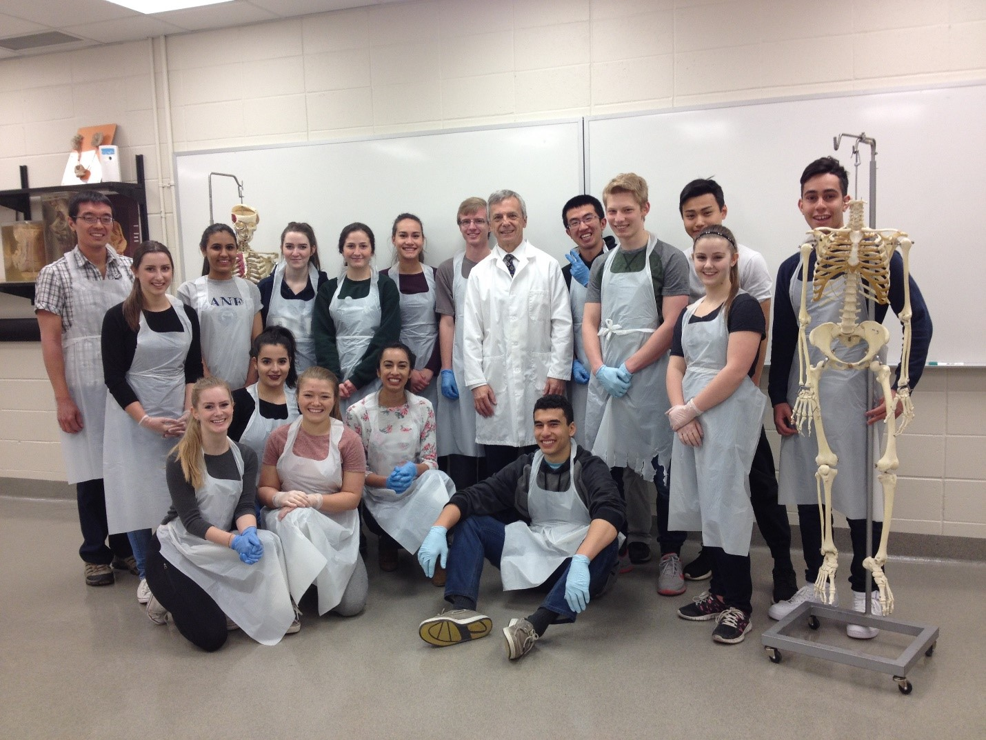 High school students get amazing hands-on learning at UCalgary ...
