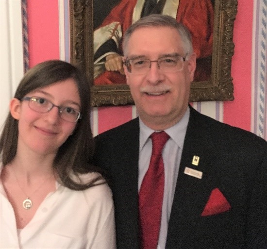 Budding scientist Sophie Hoye Pacholek meets Mr. Reni Barlow of Youth Science Canada.